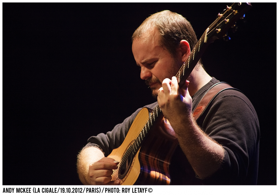andy-mckee_la-cigale_19-10-2012_5516_938
