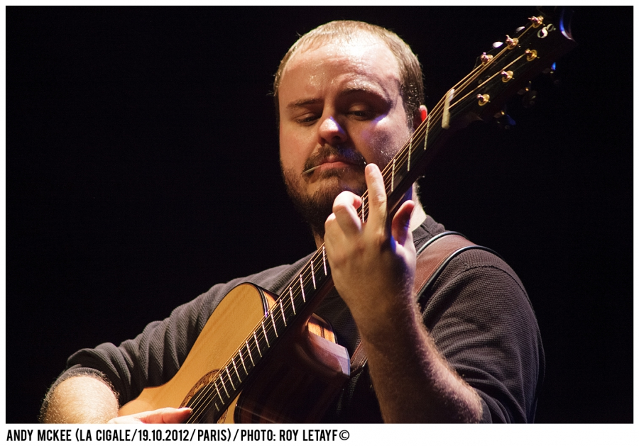 andy-mckee_la-cigale_19-10-2012_5518_938