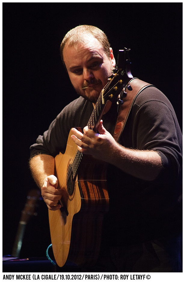 andy-mckee_la-cigale_19-10-2012_5597_938
