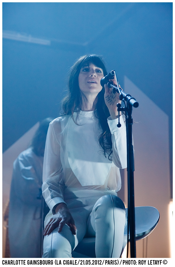 charlotte-gainsbourg_cigale_21-05-2012_3090-938