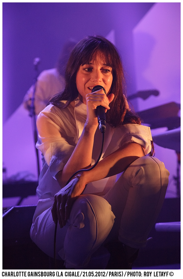 charlotte-gainsbourg_cigale_21-05-2012_3847-938