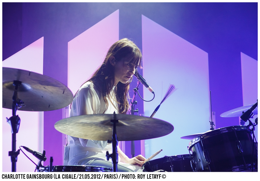 charlotte-gainsbourg_cigale_21-05-2012_3909-938