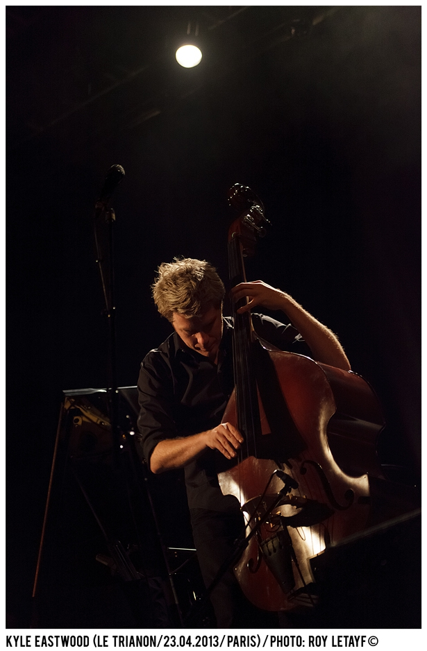 kyle-eastwood_trianon_paris_23-04-2013_3328_938