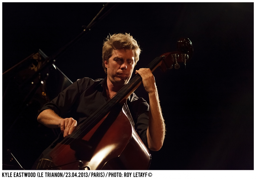 kyle-eastwood_trianon_paris_23-04-2013_3377_938