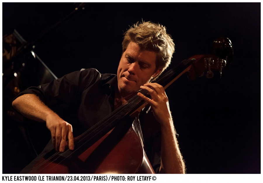 kyle-eastwood_trianon_paris_23-04-2013_3381_938