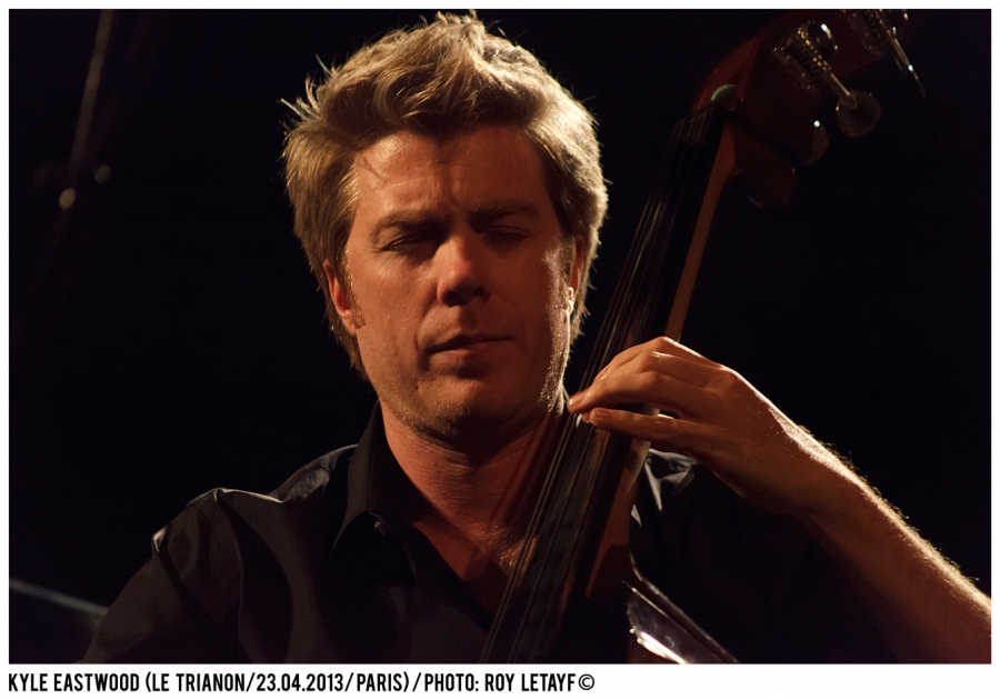 kyle-eastwood_trianon_paris_23-04-2013_3393_938