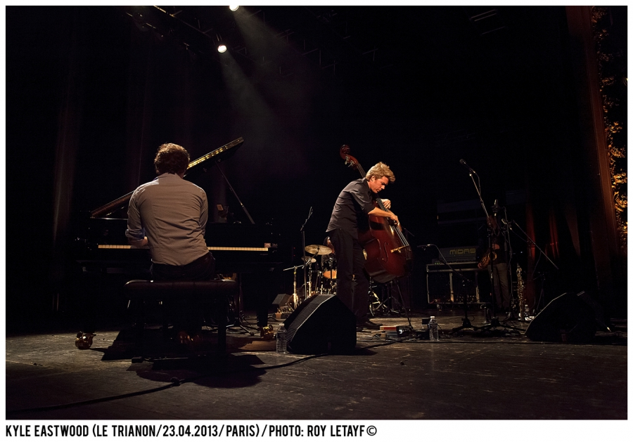 kyle-eastwood_trianon_paris_23-04-2013_3448_938