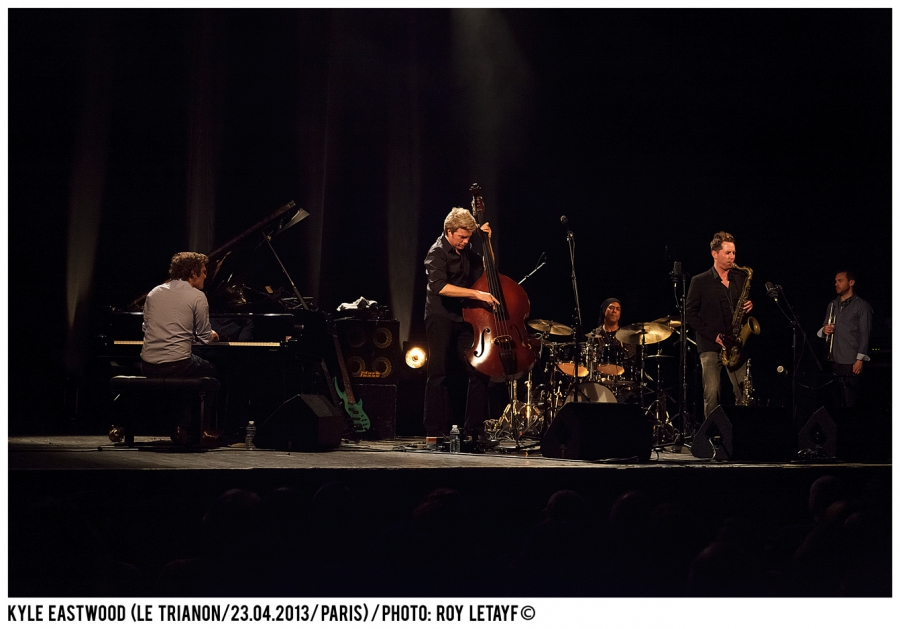 kyle-eastwood_trianon_paris_23-04-2013_3548_938