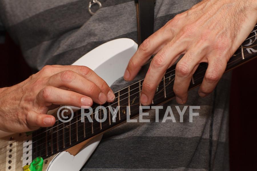 Steve-Vai_GuitareTV_5330